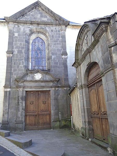 Photo du Monument Historique Grand Séminaire, puis centre d'accueil situé à Saint-Flour