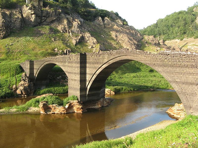 Photo du Monument Historique Pont de Tréboul situé à Sainte-Marie