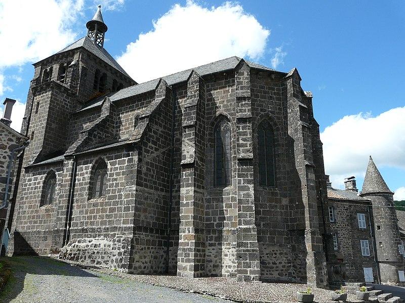 Photo du Monument Historique Eglise Saint-Martin situé à Saint-Martin-Valmeroux