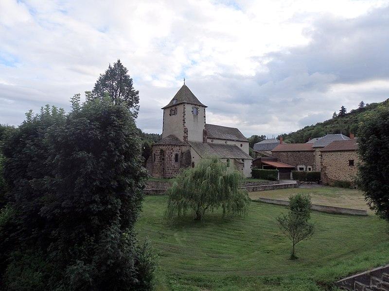 Photo du Monument Historique Eglise Saint-Poncy situé à Saint-Poncy