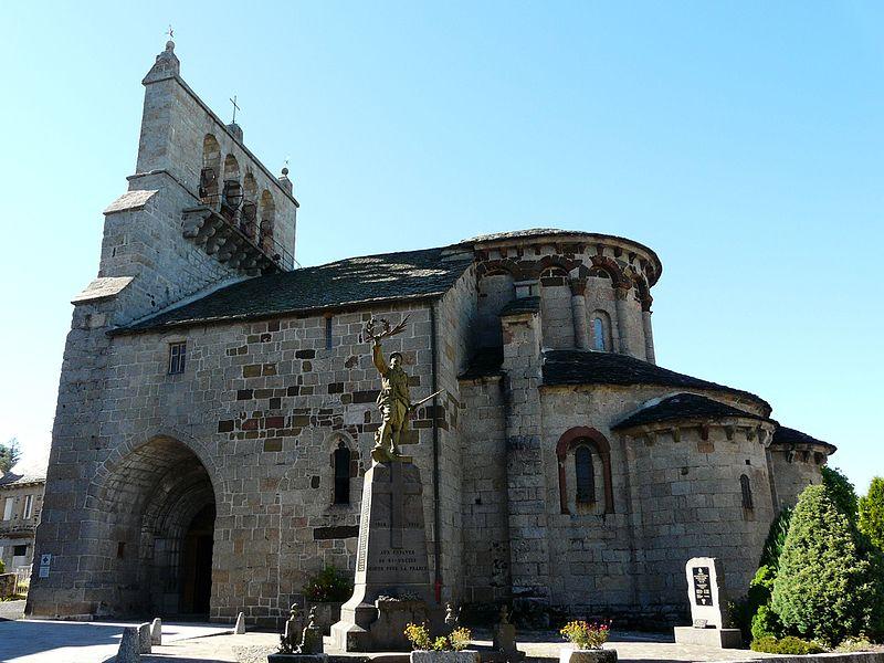 Photo du Monument Historique Eglise Saint-Pierre et Saint-Michel situé à Saint-Urcize