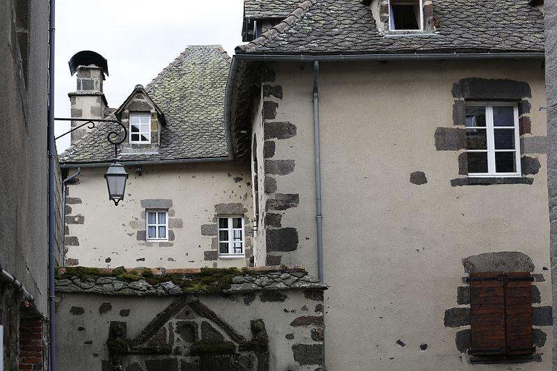 Photo du Monument Historique Maison dite Château de la Bastide situé à Salers