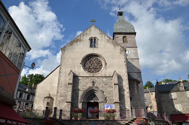 Photo du Monument Historique Eglise collégiale Notre-Dame situé à Murat