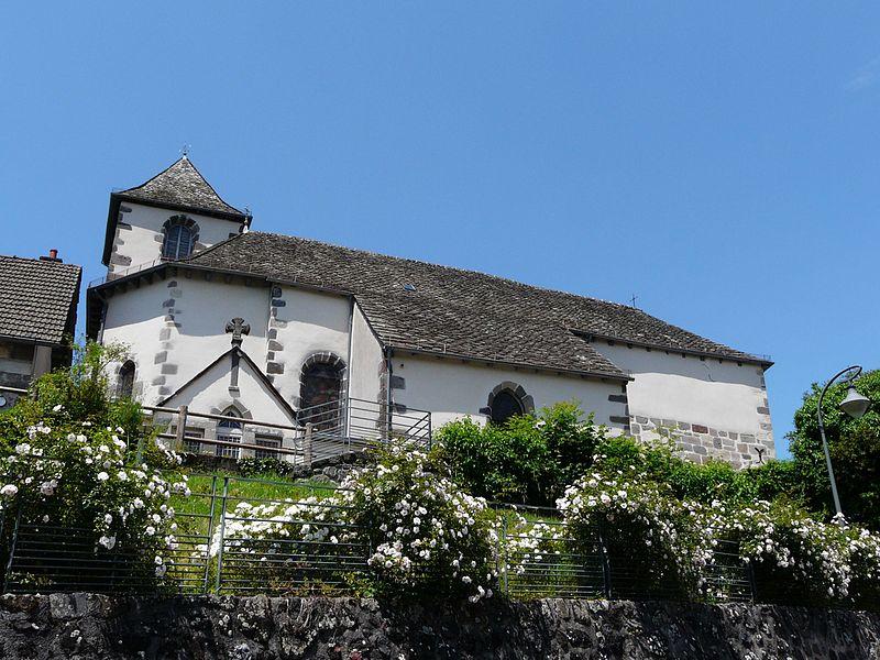 Photo du Monument Historique Eglise Saint-Pierre situé à Yolet