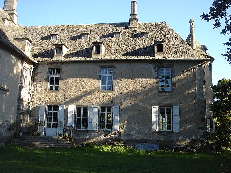 Photo du Monument Historique Château de Caillac situé à Vézac