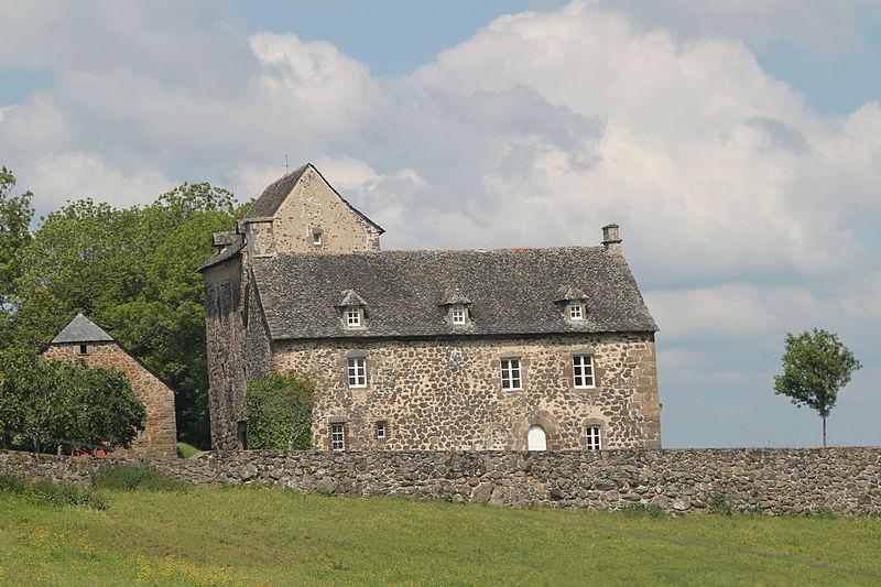Photo du Monument Historique Château de Ferluc situé à Drugeac