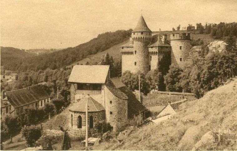 Photo du Monument Historique Château des Ternes situé à Les Ternes