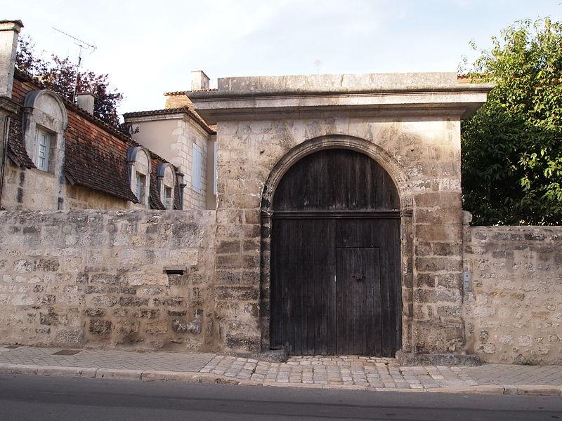 Photo du Monument Historique Hôtel Mousnier-Longpré situé à Angoulême