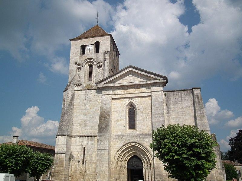 Photo du Monument Historique Eglise Saint-Mathias situé à Barbezieux-Saint-Hilaire