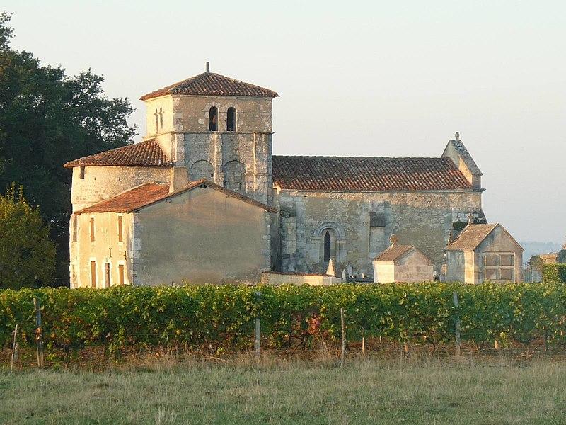 Photo du Monument Historique Eglise Saint-Cybard de Porcheresse situé à Blanzac-Porcheresse