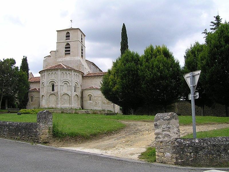 Photo du Monument Historique Eglise Saint-Jean-Baptiste situé à Bourg-Charente