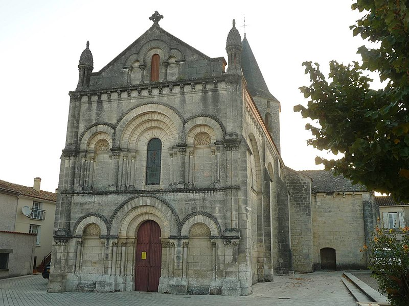 Photo du Monument Historique Eglise Sainte-Eulalie situé à Champniers