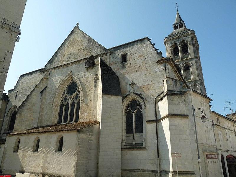 Photo du Monument Historique Eglise Saint-Léger situé à Cognac