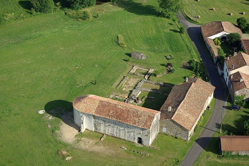 Photo du Monument Historique Eglise de Rozet ou de Rauzet situé à Combiers