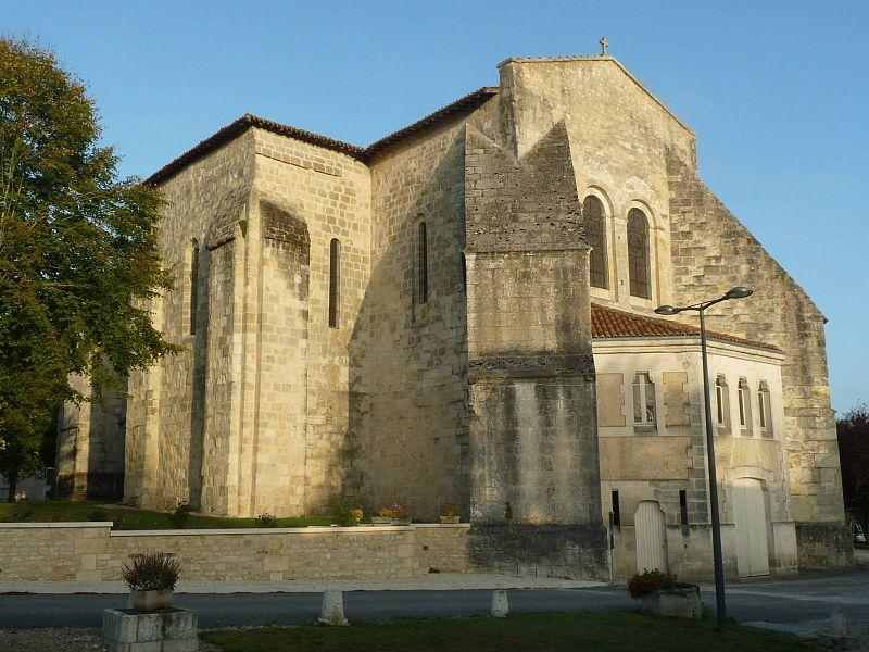 Photo du Monument Historique Eglise Saint-Marien situé à Condéon