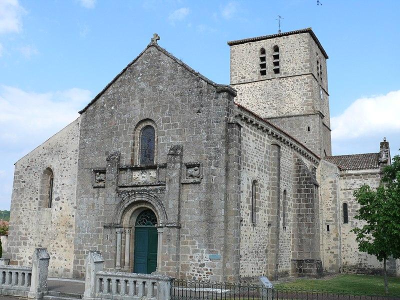 Photo du Monument Historique Eglise Saint-Barthélémy situé à Confolens