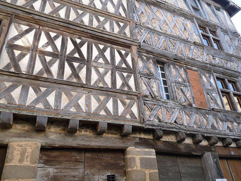 Photo du Monument Historique Maison dite du Duc d'Epernon situé à Confolens