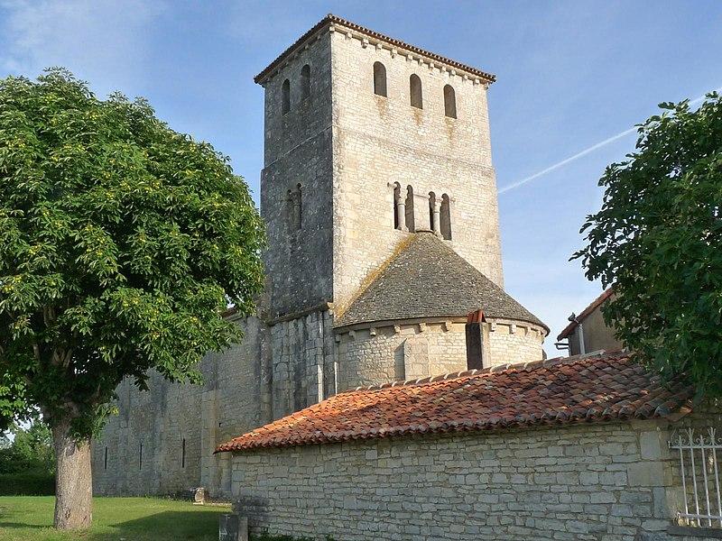 Photo du Monument Historique Eglise Saint-Jean-Baptiste situé à Coulgens