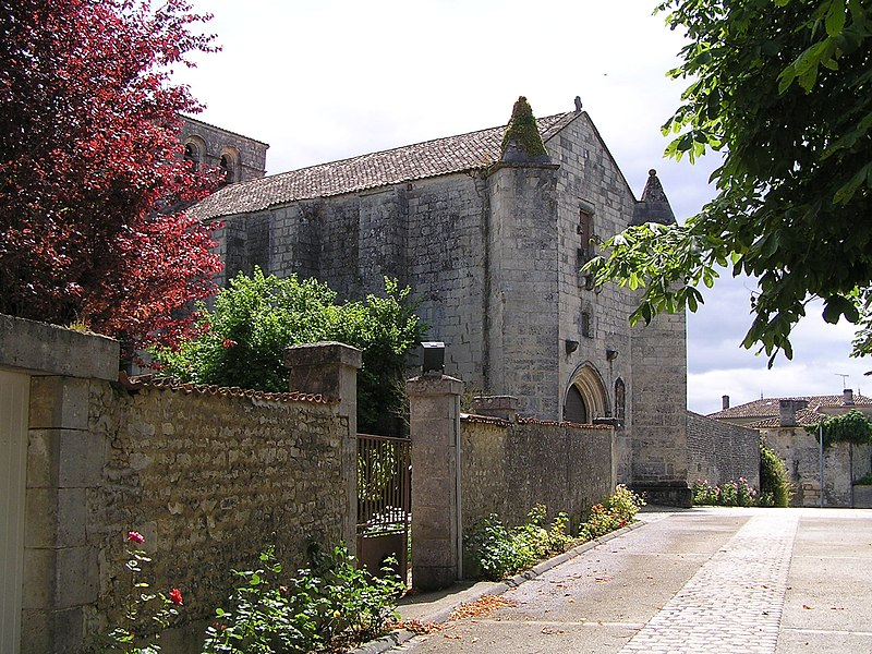 Photo du Monument Historique Eglise Saint-Maurice situé à Echallat