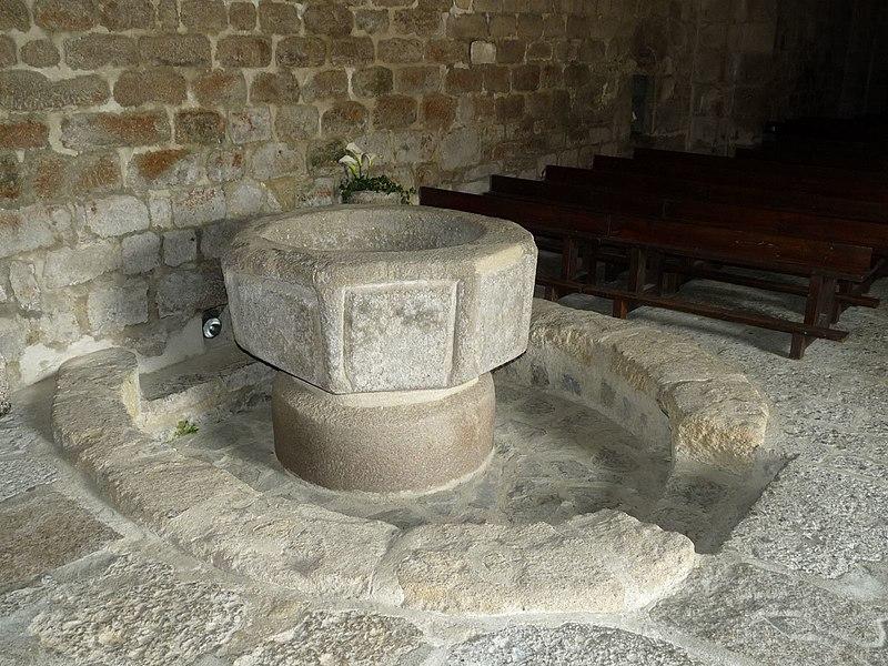 Photo du Monument Historique Eglise Saint-André situé à Exideuil