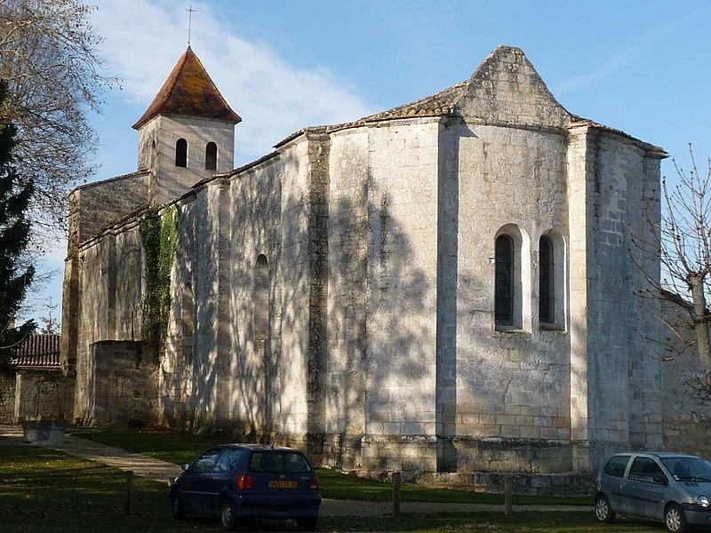 Photo du Monument Historique Eglise Saint-Pierre-aux-Liens situé à Garat