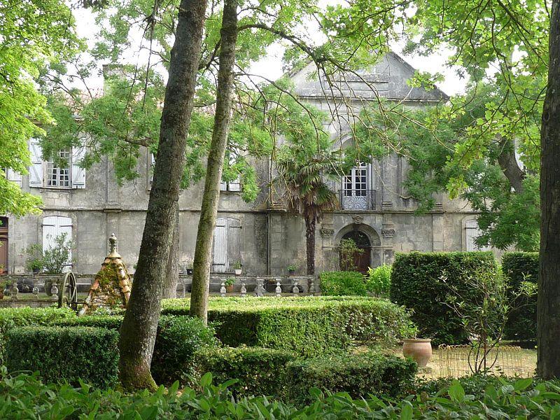 Photo du Monument Historique Château de Beauregard situé à Juillac-le-Coq