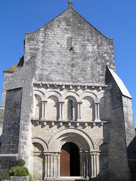 Photo du Monument Historique Eglise Saint-Pierre situé à Mérignac
