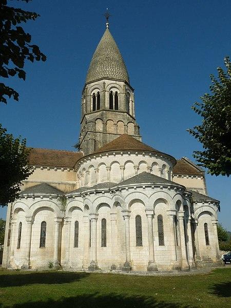 Photo du Monument Historique Eglise Saint-Maurice situé à Montbron
