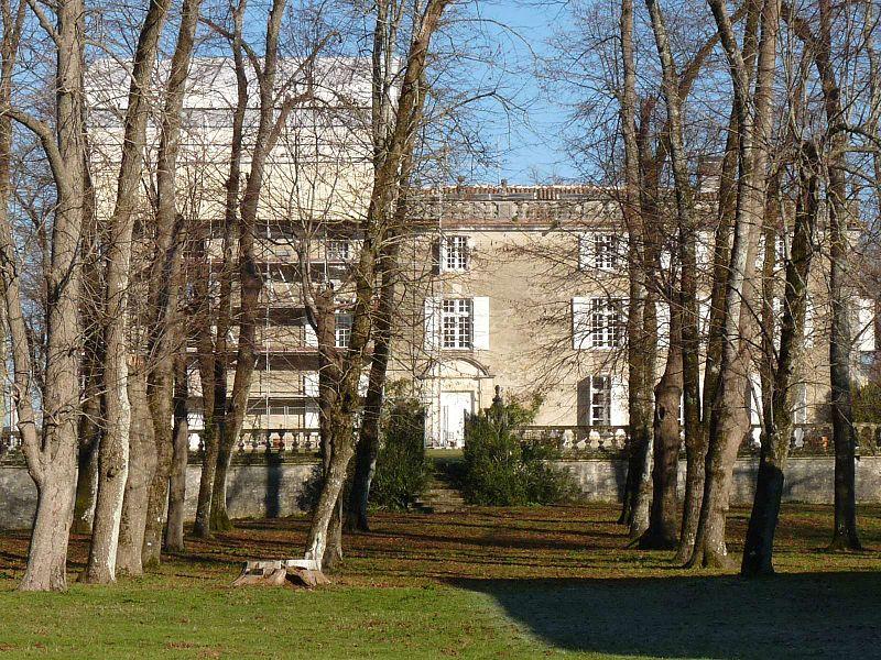 Photo du Monument Historique Château d'Ardenne situé à Moulidars