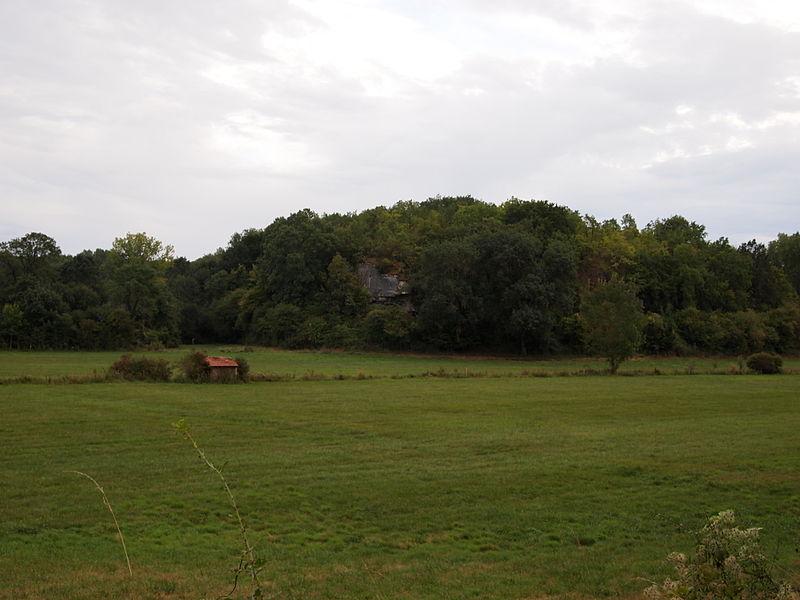 Photo du Monument Historique Retranchement préhistorique du Camp aux Anglais situé à Mouthiers-sur-Boëme
