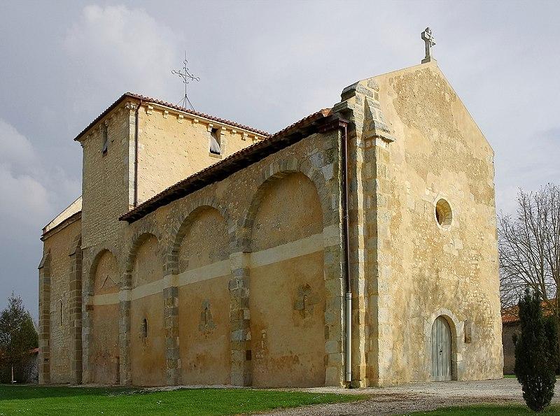 Photo du Monument Historique Eglise Saint-Martin situé à Poullignac