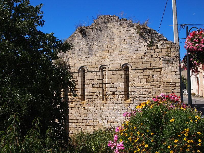 Photo du Monument Historique Vestiges de l'ancienne église Saint-Blaise situé à Ruffec