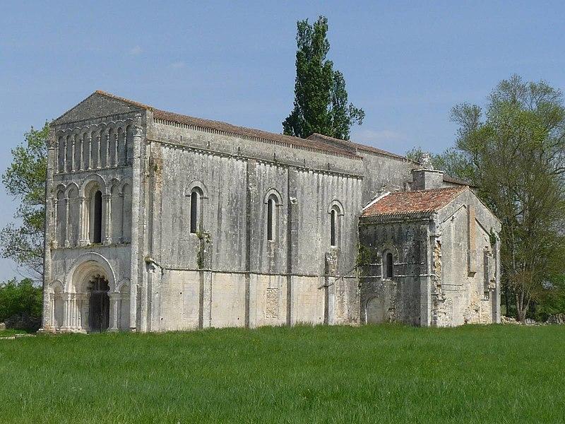 Photo du Monument Historique Eglise de Châtres situé à Saint-Brice