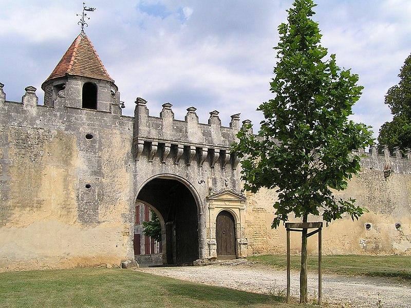 Photo du Monument Historique Logis de Gardépée situé à Saint-Brice