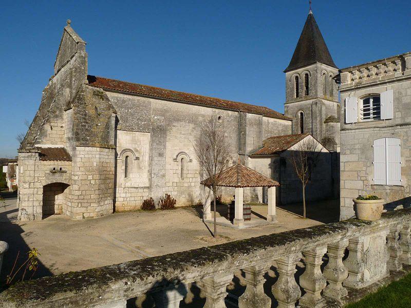 Photo du Monument Historique Eglise Saint-Orient situé à Sireuil