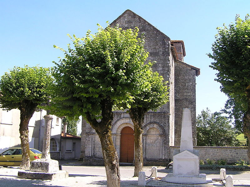 Photo du Monument Historique Eglise Notre-Dame situé à Voulgézac
