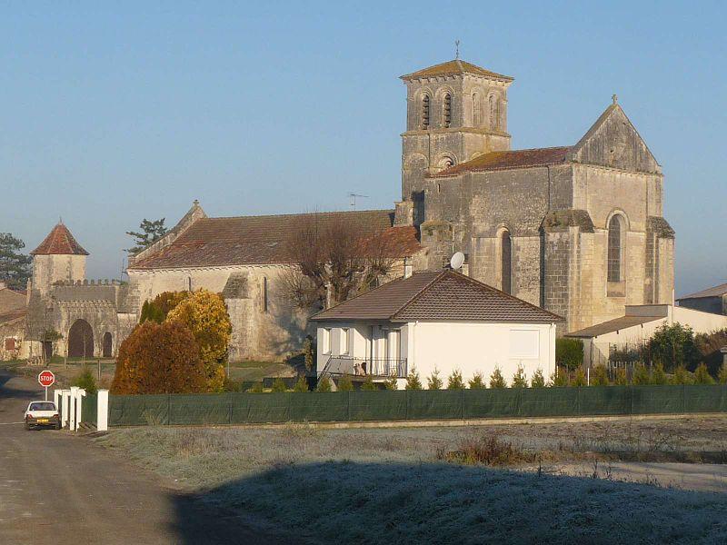 Photo du Monument Historique Eglise Saint-Martin situé à Juillac-le-Coq