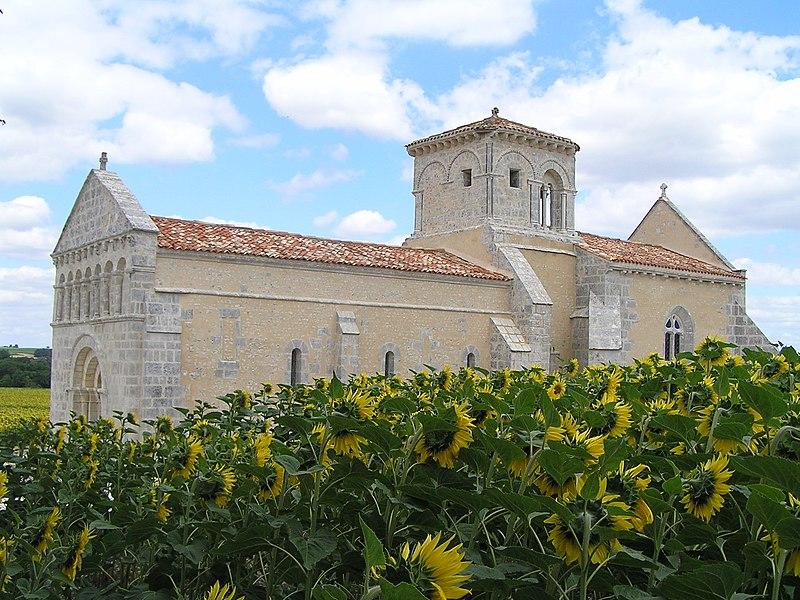 Photo du Monument Historique Eglise Saint-Pierre situé à Lagarde-sur-le-Né