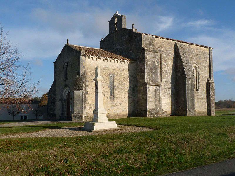 Photo du Monument Historique Commanderie Saint-Jean situé à Le Tâtre