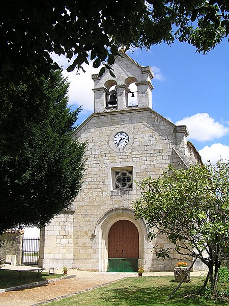 Photo du Monument Historique Eglise (ancienne commanderie Saint-Martin) situé à Barbezières