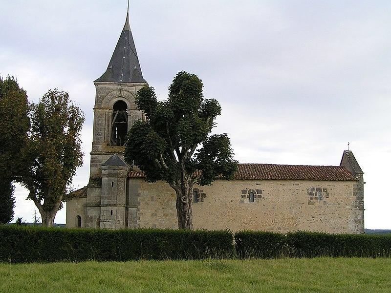 Photo du Monument Historique Eglise Saint-Cybard situé à Chavenat