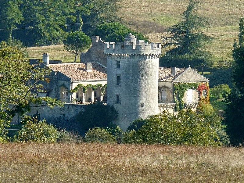Photo du Monument Historique Château du Repaire situé à Rougnac