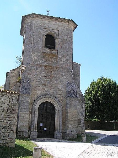 Photo du Monument Historique Eglise Saint-Fraigne situé à Saint-Fraigne