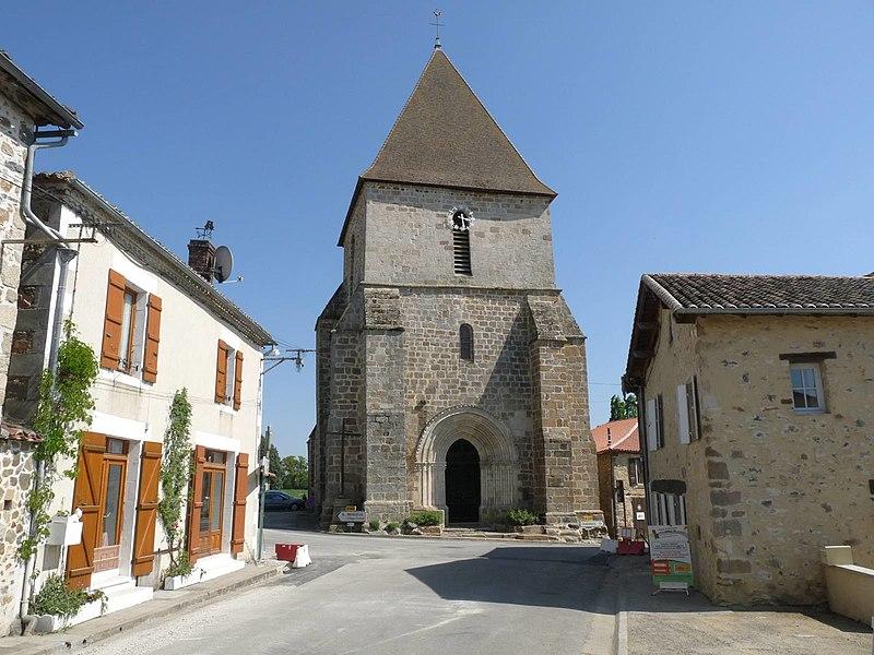 Photo du Monument Historique Eglise Saint-Genis situé à Saulgond