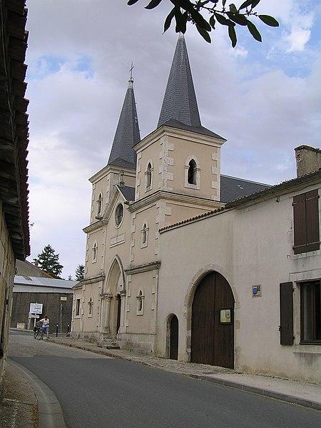 Photo du Monument Historique Temple protestant de Villefagnan situé à Villefagnan