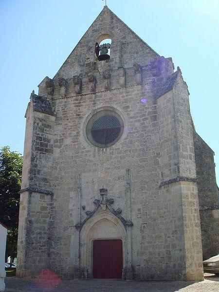 Photo du Monument Historique Eglise Saint-Pierre situé à Angoulins