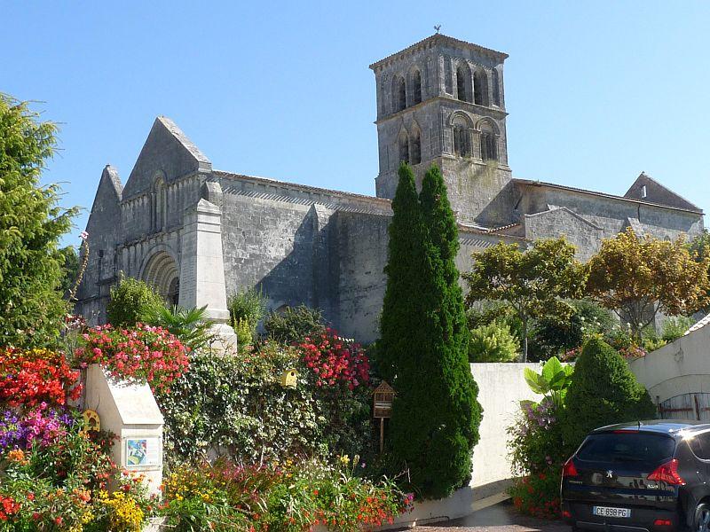 Photo du Monument Historique Eglise Saint-Martin situé à Arthenac