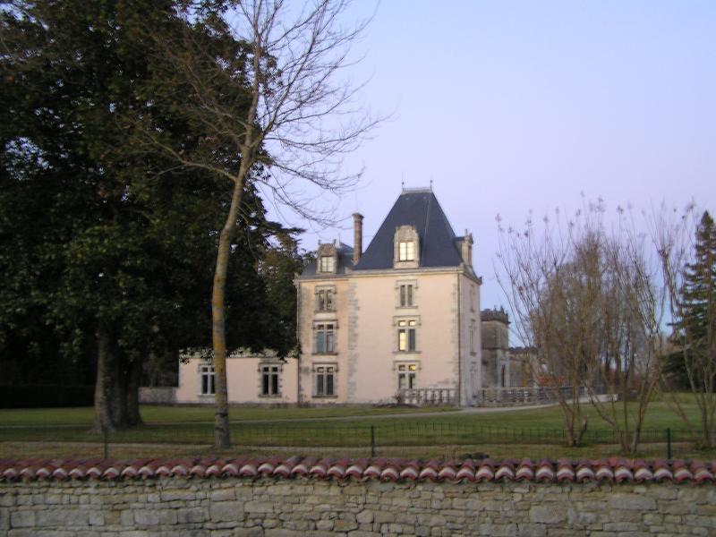 Photo du Monument Historique Manoir situé à Authon-Ebéon