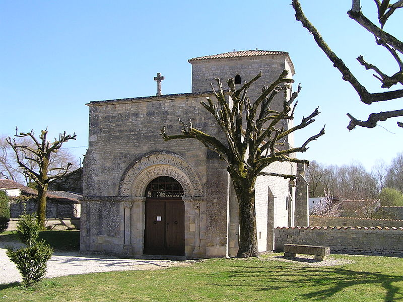 Photo du Monument Historique Eglise Saint-Vivien situé à Bagnizeau