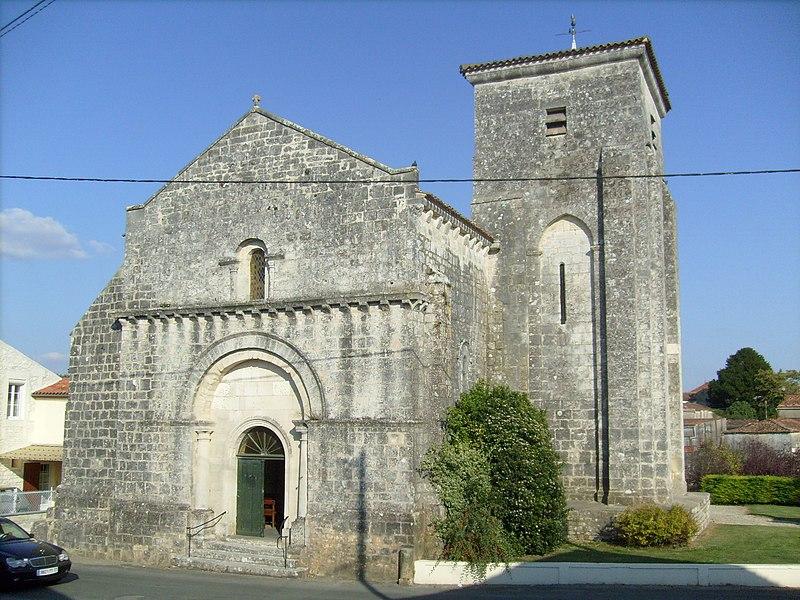 Photo du Monument Historique Eglise Sainte-Madeleine situé à Beurlay